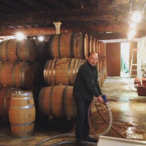 Eric de Sousa filling up barrels